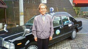 タクシーの運転手小谷さん(横).jpg