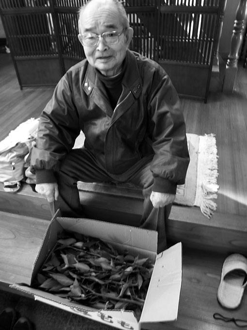 信夫山の柚子農家、菅野善光さん(13回).jpg